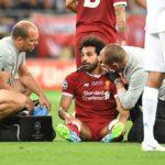 Salah gặp chấn thương: Trách ai bây giờ đây!