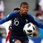 Kylian Mbappe sô đổ kỉ lục tại tuyển Pháp