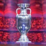 Giải Euro mấy năm một lần?